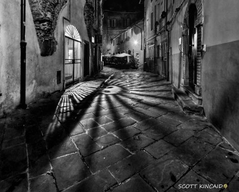 Lucca shadows